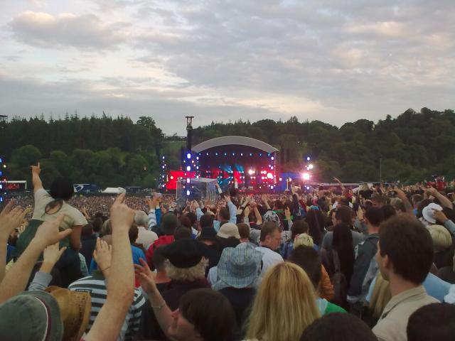 Oasis at Slane (cameraphone)
